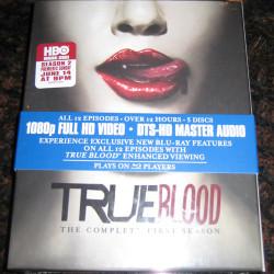 A look inside the Season 1 Blu-Ray Box