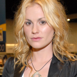 Anna Paquin's poetic word necklace