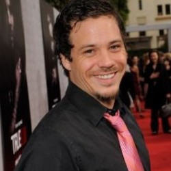"Michael Raymond James of True Blood to star in ""Terriers"""