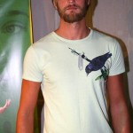 Alexander Skarsgård contributes to Amnesty International Charity T-shirt Auction