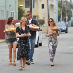Anna Paquin shares food with the homeless in Venice, CA