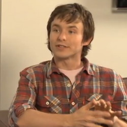 Marshall Allman reveals the secret about Tommy's scars