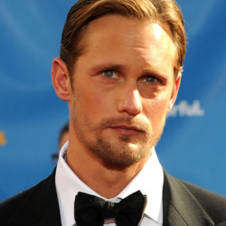 Alexander Skarsgård denies rumors of 'Castle' guest role