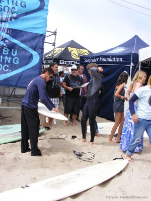 samsurf40 300x400 Meeting Sam Trammell and his surf for charity