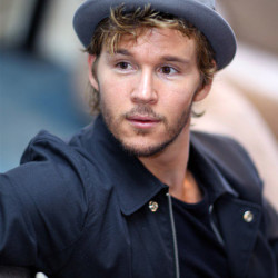Ryan Kwanten loves his mom's cooking!