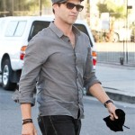 Stephen Moyer walks to the studio in Hollywood