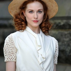 "Evan Rachel Wood talks about her nude scene in""Mildred Pierce"""