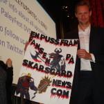 Alexander Skarsgård receives message from Skarsgårdnew.com fans