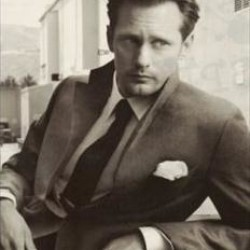 Alexander Skarsgård will appear on Regis and Kelly on August 3