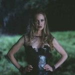 Kristin Bauer van Straten Answers Fan Questions!