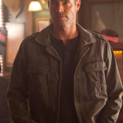First look at Scott Foley in True Blood: does he come in peace?