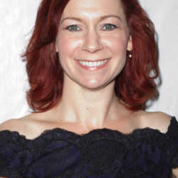 Video: Carrie Preston Fashion News Live