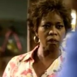 Alfre Woodard in All African American 'Steel Magnolias'