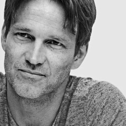 There is a sense of early True Blood in the new season according to Stephen Moyer