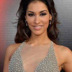 "Janina Gavankar to star in comedy pilot ""Love Is Dead"""