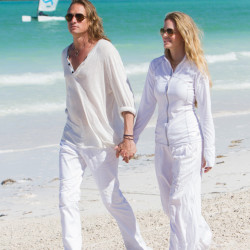 Photos of Kristin Bauer and hubby, Abri vacation in the Bahamas