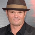 Chris Bauer discusses having four faery daughters on True Blood