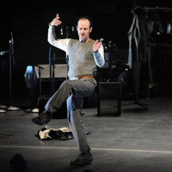 """Denis O'Hare's """"An Iliad"""" makes 2014 great moments in theater"""