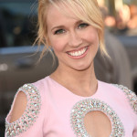 Anna Camp Talks Sarah Newlin On the Run