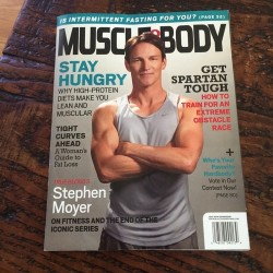 Stephen Moyer's gun show on Muscle & Body Magazine