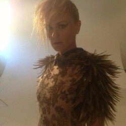 Anna Paquin tweets photos for photo shoot with Remix