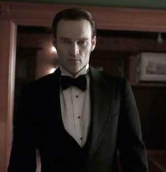 Stephen Moyer in True Blood Episode 6