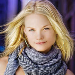 True Blood's Lindsay Pulsipher added to the guest list for Bitten 3