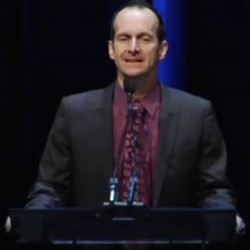 Video: Denis O'Hare presenting at the Writer's Guild Awards