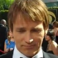 """Stephen Moyer likes """"Candy Floss"""" and the """"Brady Bunch"""""""