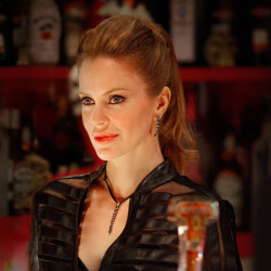 Pam looks Pretty in new True Blood Season 4 Photo
