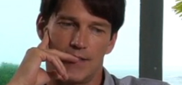 From whom would Stephen Moyer like to receive a phonecall from the past?