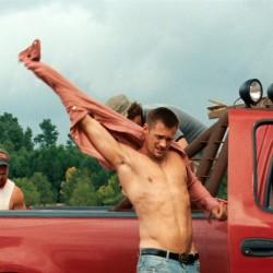 New photos from Alexander Skarsgård's film 'Straw Dogs'
