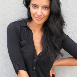 """Jessica Clark says """"I've Always Wanted to Play a Vampire"""""""