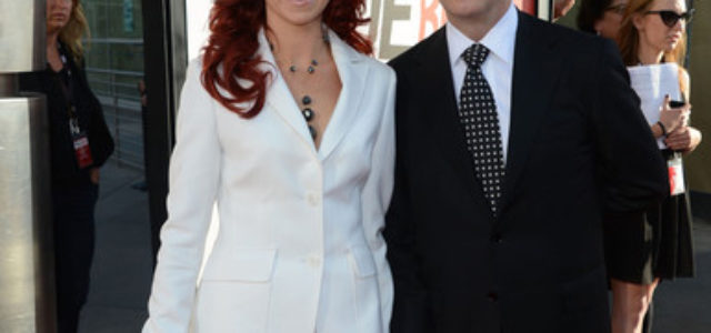 """Carrie Preston and Michael emerson in """"Actors Aloud"""" Panel"""