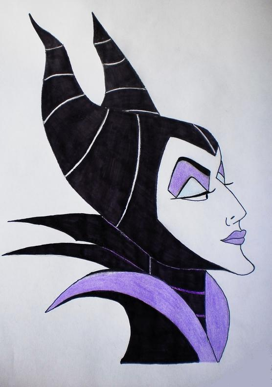Kristin Bauer's Maleficent to get spectacular new ...