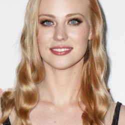 Deborah Ann Woll sheds Jessica image for Daredevil